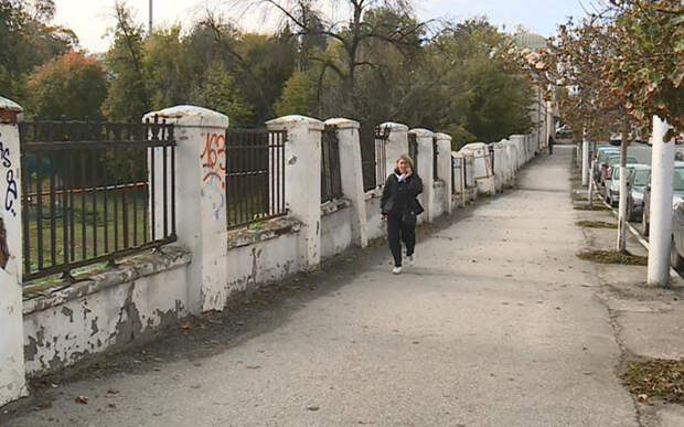 Ограждение «Пьяного парка» в Рязани признали аварийным