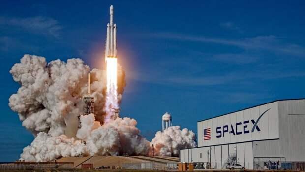 "Киев заключил контракт о запуске спутника ""Сич"" с площадки SpaceX"