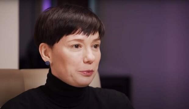 Соловьев осудил купившую участок в Латвии Чулпан Хаматову