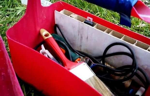 Как быстро сделать контейнер под инструменты из ненужной пластиковой канистры