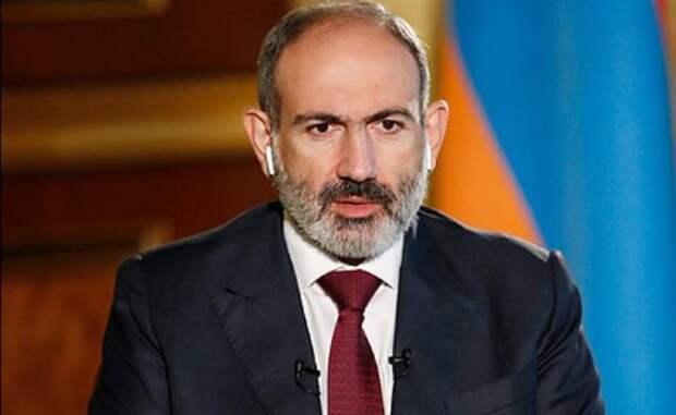 Пашинян: Армения ожидает отРоссии более активных шагов поКарабаху