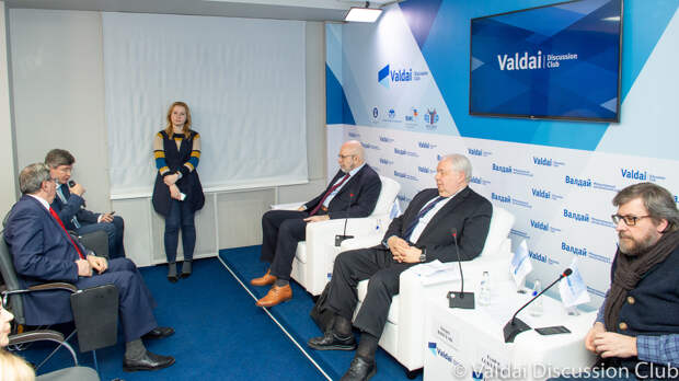 Экспертная дискуссия на тему «РФ – США: какое будущее у этих отношений?»