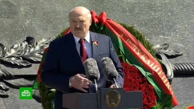 «Нам было труднее всех»: Лукашенко поздравил белорусов с Днем Победы