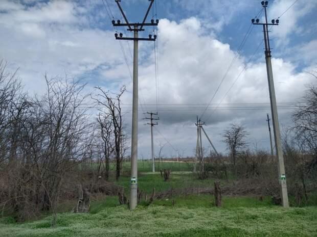 Специалисты Госкомцен РК провели мониторинг объектов ГУП РК «Крымэнерго» в Красногвардейском районе