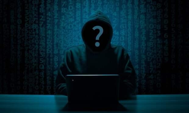 По мнению Александра Малькевича, интернет-анонимов необходимо выгнать из Сети