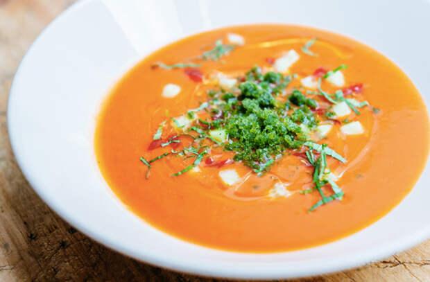 Добавляем в еду томатный соус: новые вкусы для курицы, котлет и яичницы