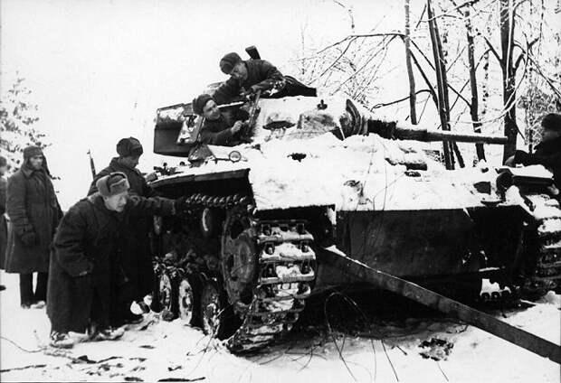 Операция «Тайфун»: почему Гитлер не смог взять Москву