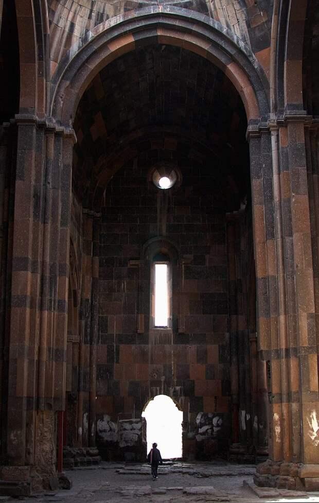 Город 1001 церкви: руины древнего Ани, в которых замерла история