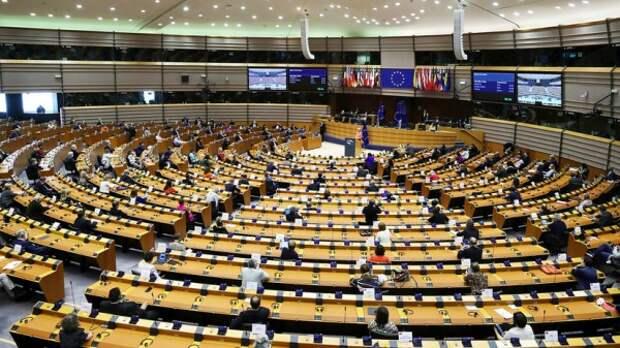 Европейские структуры открыто и нагло вмешиваются во внутренние дела России и Белоруссии