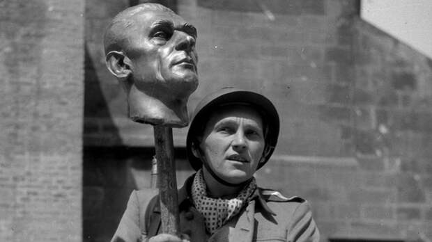"""Авантюра и цинизм. Зачем Прага """"восстала"""" против немцев 5 мая 1945 года"""