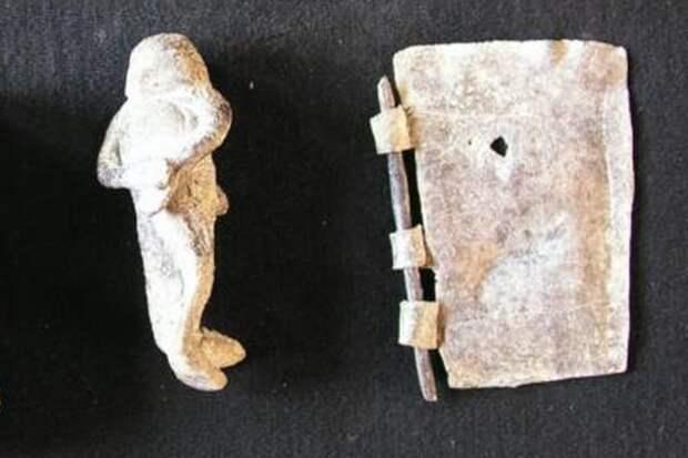 """В Афинах раскопали """"колодец проклятий"""" для связи с загробным миром"""