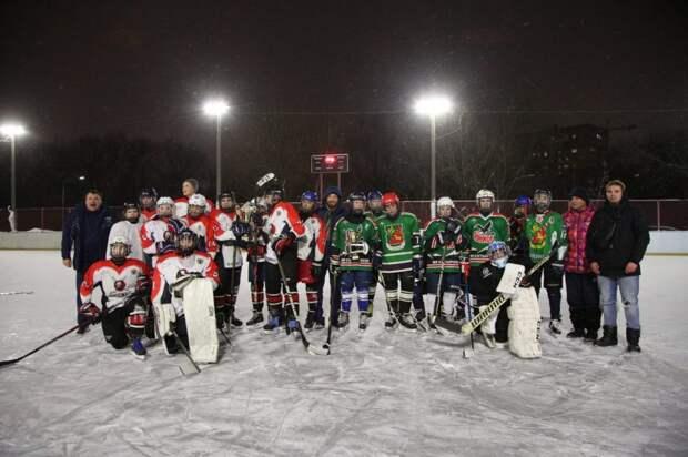 Хоккеисты из Южного Медведкова выиграли турнир «Золотая шайба»