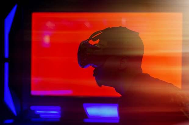 Ася Казанцева расскажет, почему полезно бездельничать и как виртуальную реальность используют в психотерапии