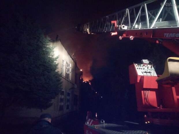 58 пожарных боролись с огнем в многоквартирном доме Волгодонска