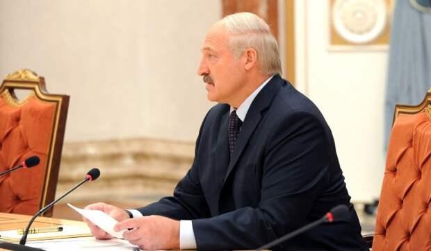 Лукашенко: В 2020-м году Белоруссии фактически объявили войну