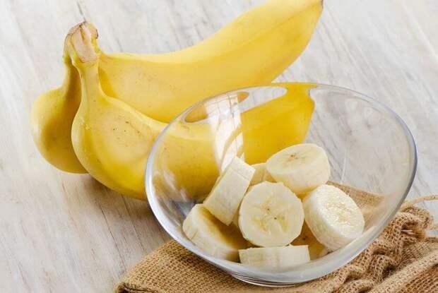 Почему не нужно покупать желтые бананы