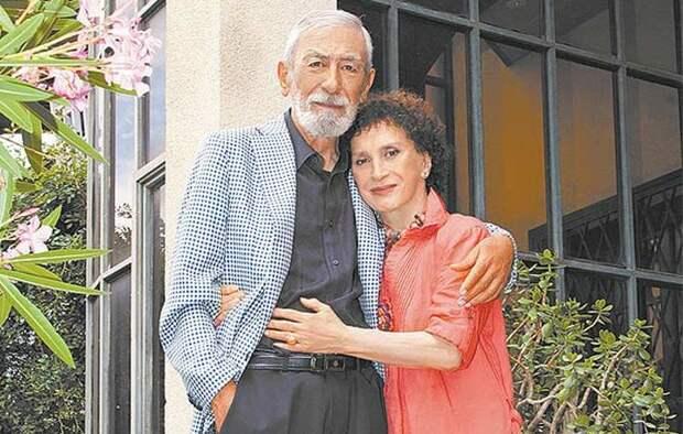 Вахтанг и Ирина Кикабидзе: «Молю Всевышнего уйти первым, чтоб не увидеть твоих слез…»
