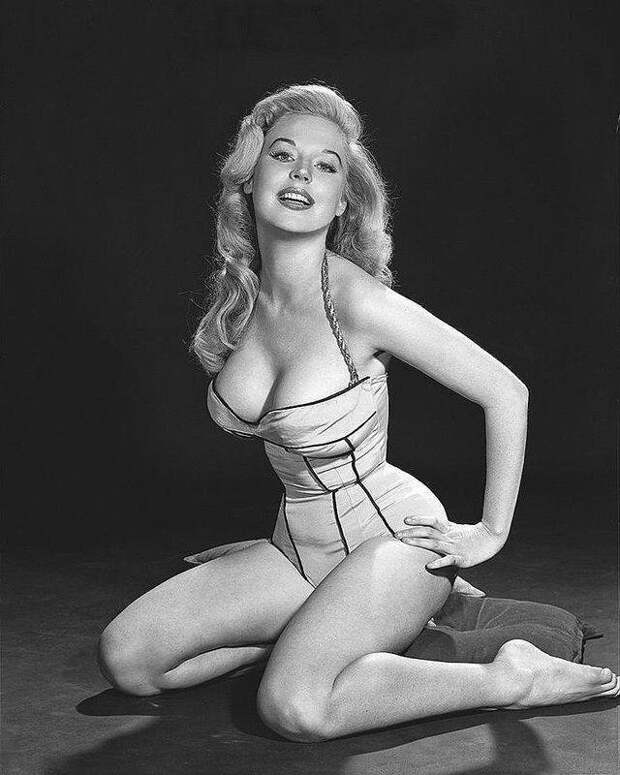Бетти Бросмер — обладательница самой шикарной фигуры 50-х годов бетти, бросмер, век, модель, факт