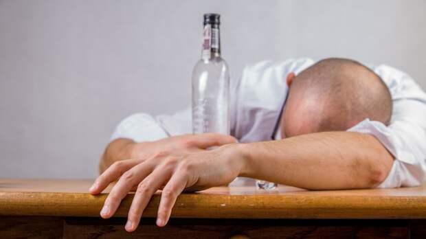 """""""Пьяные преступления"""" чаще всего совершаются в Петербурге"""