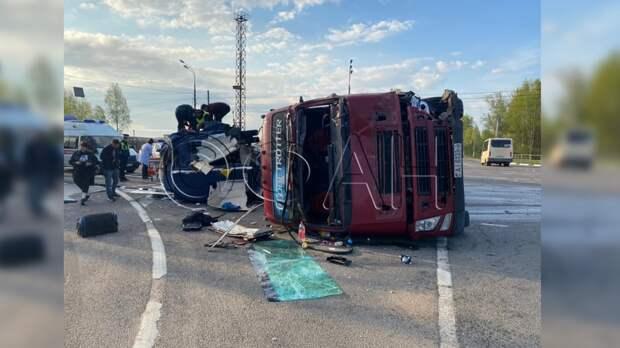 Пострадавших в ДТП с автобусом белорусов перевели в реанимацию
