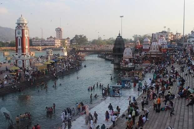 Новый антирекорд по числу смертей от COVID-19 отмечен в Индии