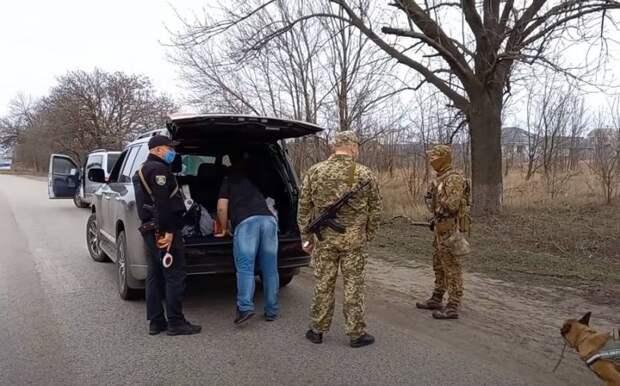 СБУ начала масштабные учения по поиску «террористов» в двух приграничных России областях