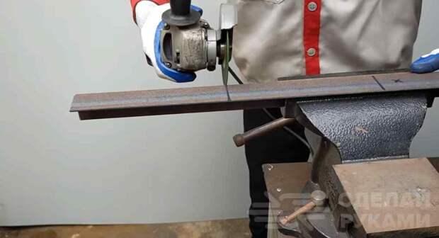 Мини сверлильный станок из дрели и металлолома