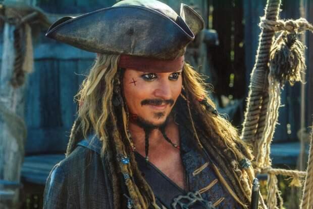 Джонни Депп Пираты Карибского моря: На странных берегах