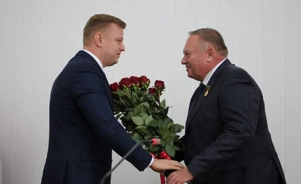В Брюховецком районе ушел в отставку глава