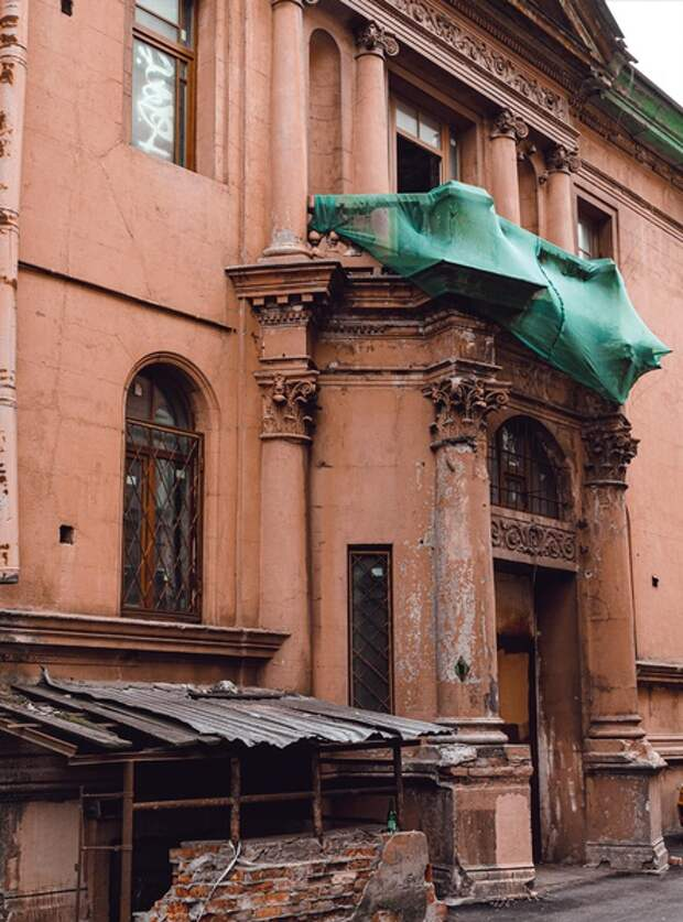 Самые интересные «заброшки» Петербурга