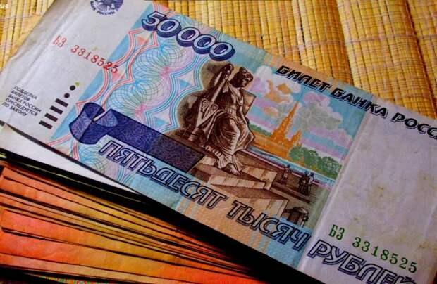 Как в 90-е обычные люди зарабатывали большие деньги в Беларуси, России и на Украине
