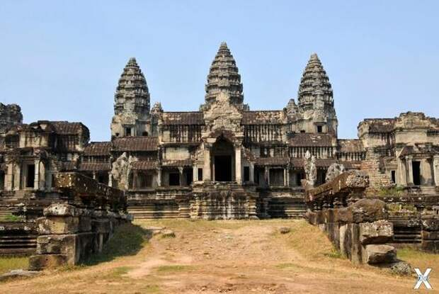 Часть индуистского храмового комплекс...