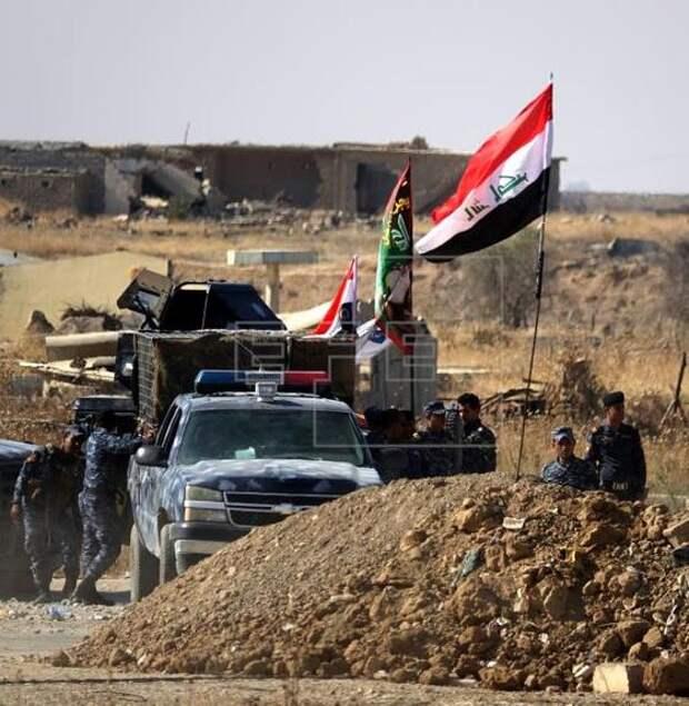 СМИ: неизвестные самолеты атаковали цели на сирийско-иракской границе