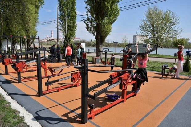 В Краснодаре в парке «Солнечный остров» открылась новая спортплощадка