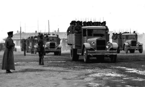 Cкопированные, но советские: редчайшие военные автомобили АМО