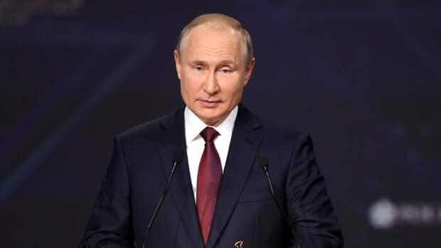 Владимир Путин поучаствует в церемонии открытия мемориала Александру Невскому