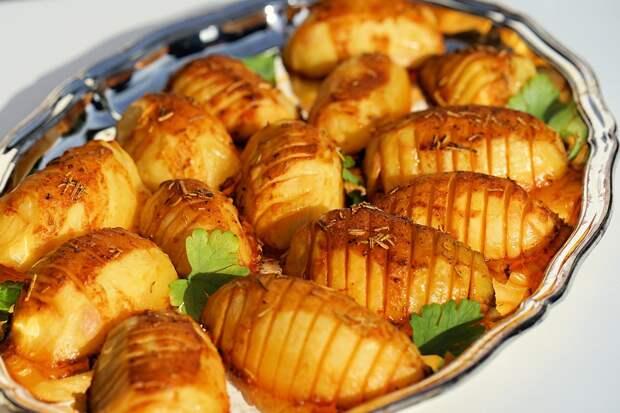 Запеченный картофель / Фото: pixabay.com