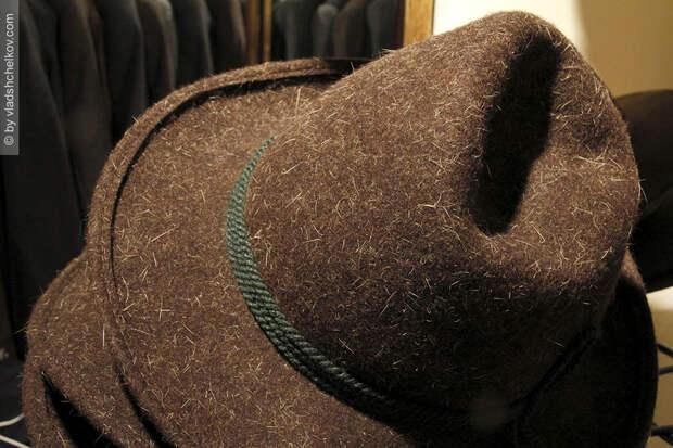 Кожаные шорты из магазина Land Haus в Миттенвальде