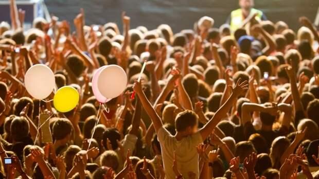 Концерт дэткор-группы отменили после жалобы депутата в Красноярске