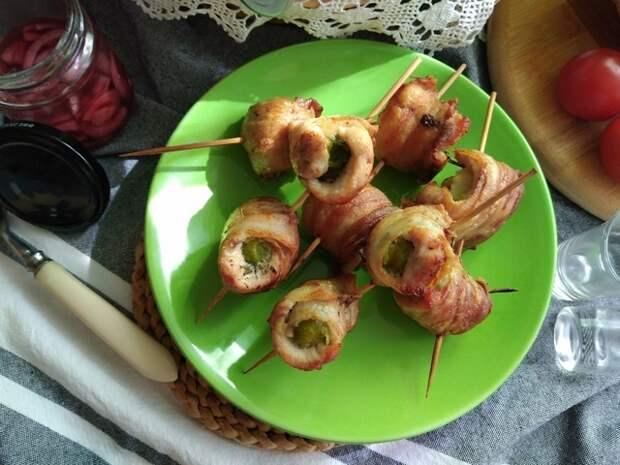 Фото к рецепту: Закусочные рулетики с брюссельской капустой