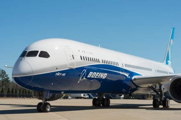 Инсульт вынудил командира японского Boeing экстренно сесть в Новосибирске