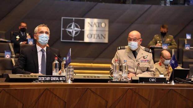 Альянс отрабатывает тотальное сдерживание России в Европе