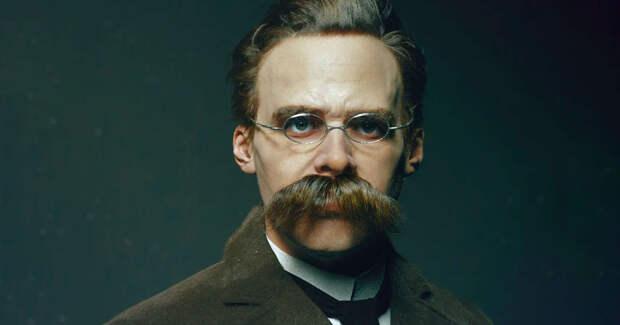«Всё, что меня не убивает, делает меня сильнее!», — сказал Ницше, сошел с ума и умер
