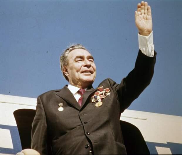 А мы ещё над Брежневым смеялись!