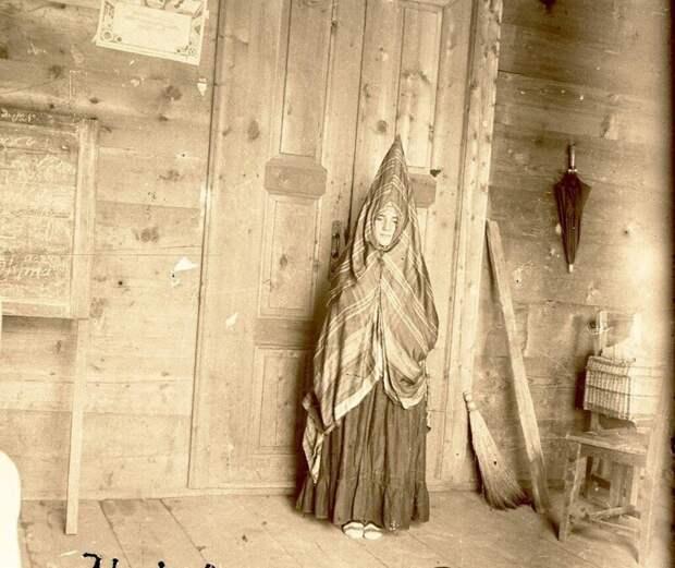 Из коллекции Кунсткамеры: Невесты и Молодухи