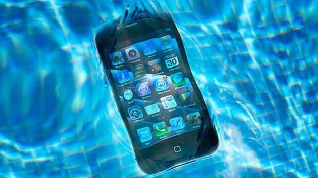 В Архангельске девушка погибла, уронив в ванну смартфон