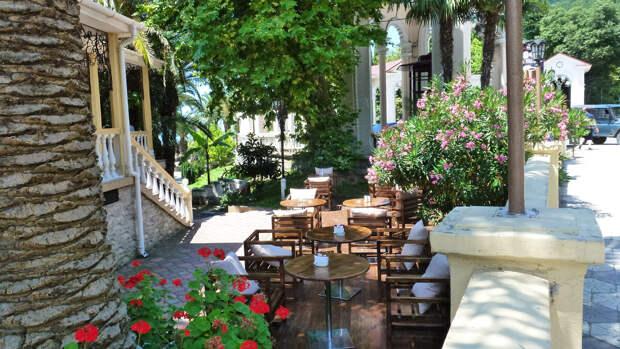 Кафе в городе Гагра