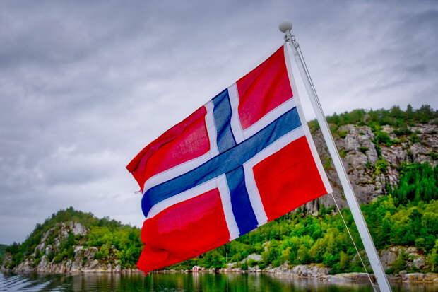Ополчившаяся против «опасной» русской субмарины Норвегия прячет «саркофаг» с тоннами ртути