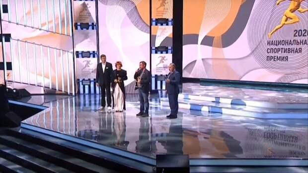 В хоккей может играть каждый: создатель ХНВЛ, ижевчанин Михаил Смагин получил национальную спортивную премию