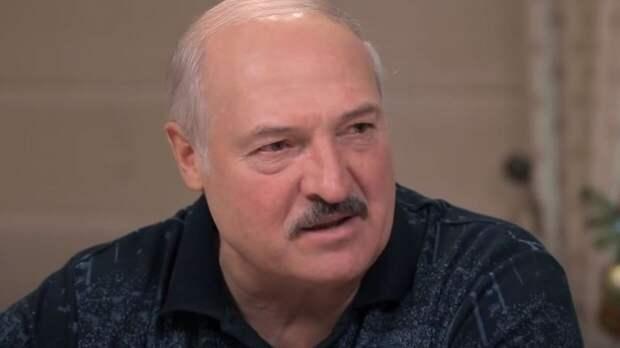 Пользователи Сети посмеялись над угрозами Кулебы в адрес Лукашенко